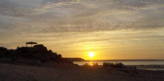 Nascer do sol em Dackla