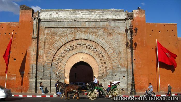 Porta de Bab Aganou, uma das mais bonitas de Marraquexe