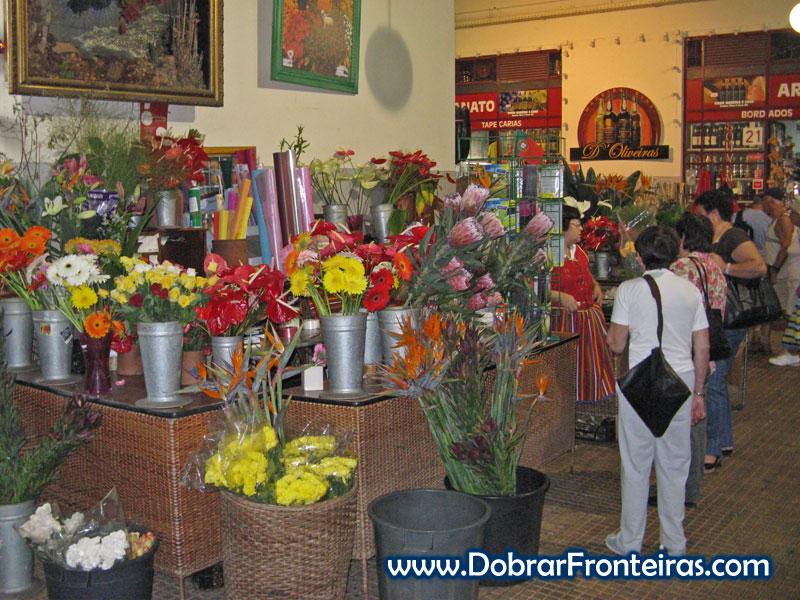 Belas flores no mercado dos lavradores