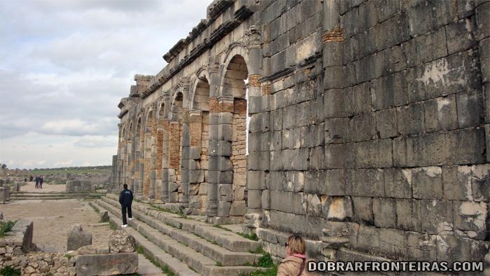 Ruínas romanas de Volubilis, património da humanidade em Marrocos