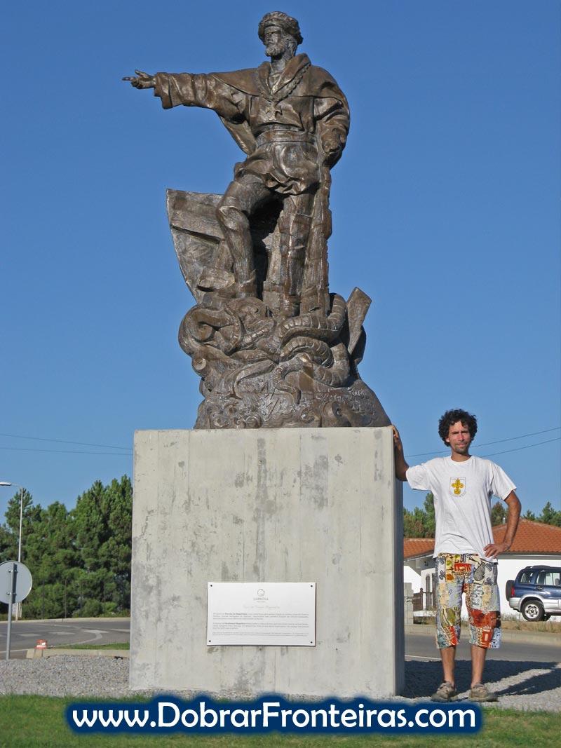 Estátua de Fernão de Magalhães em Sabrosa