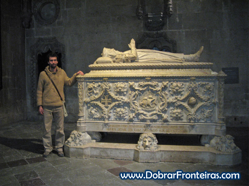 Túmulo de Vasco da Gama no mosteiro dos Jerónimos em Lisboa