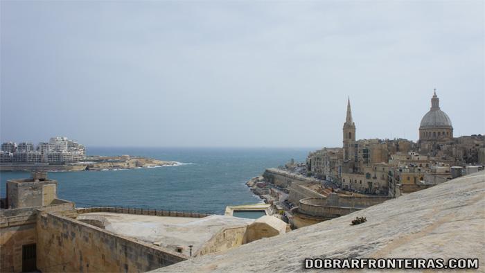 Mais uma vista de Valletta a partir de um dos seus baluartes