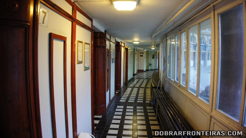 Cabinas individuais nas piscinas de Széchenyi