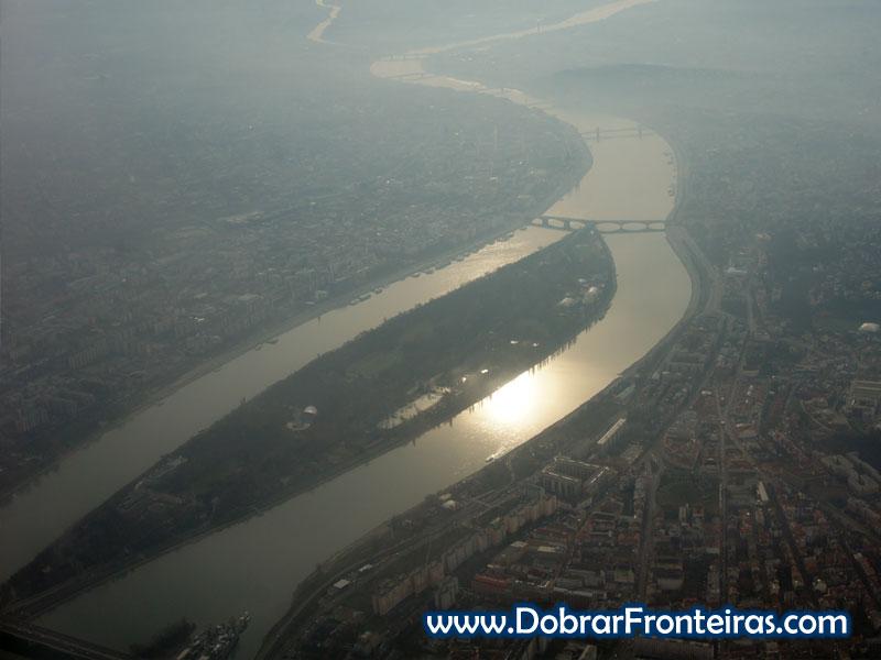 Budapeste e o Danúbio vista do avião
