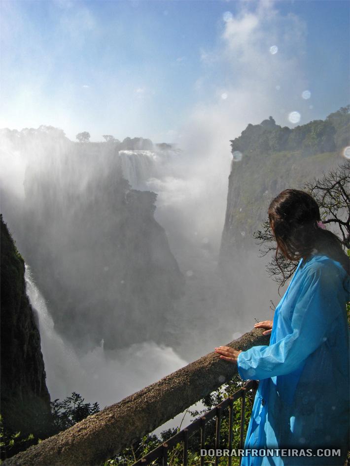 A incrível força da natureza nas Cataratas Vitória