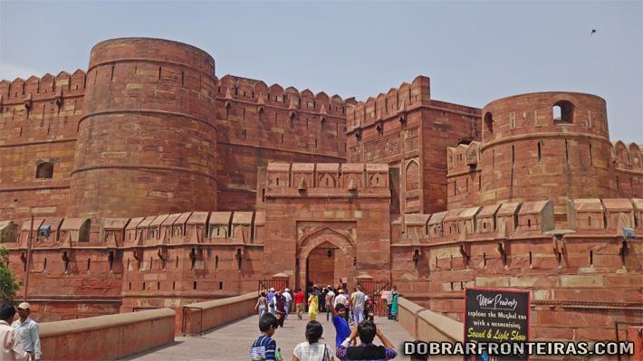 Entrada no Forte de Agra, Índia