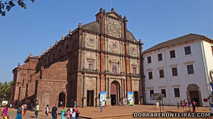 Basílica do Bom Jesus em Goa, Índia