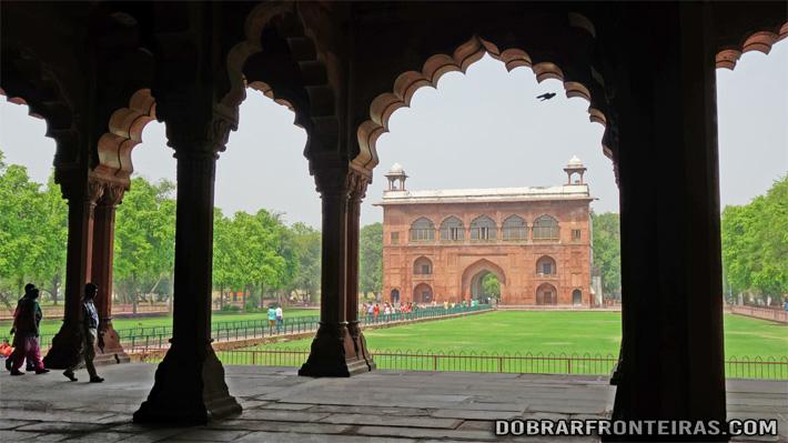 Interior do forte Vermelho na cidade de Deli, Índia