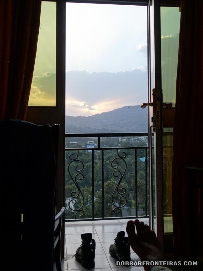 Vista do meu quarto de hotel em Gondar, Etiópia