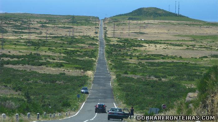 Rectas infindáveis no Paul da Serra, Ilha da Madeira