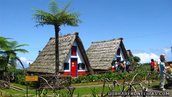 casas tipicas santana ilha madeira