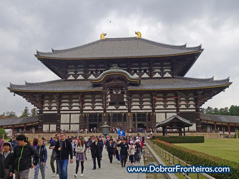 O grande templo de Todaiji em Nara