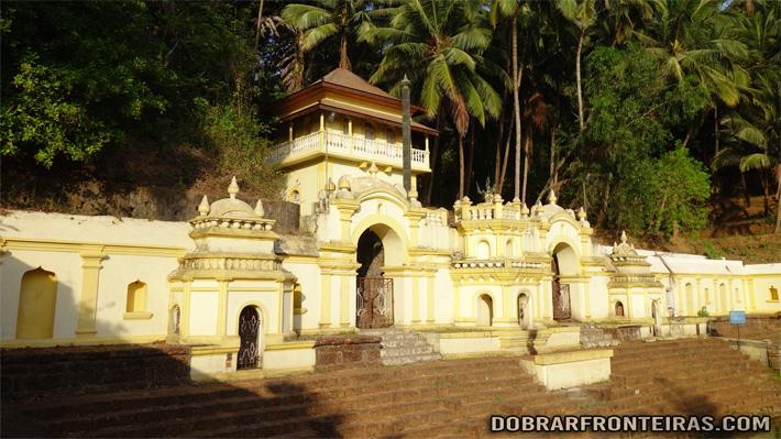 Templo de Laxmi Narasimha em Veling, Goa