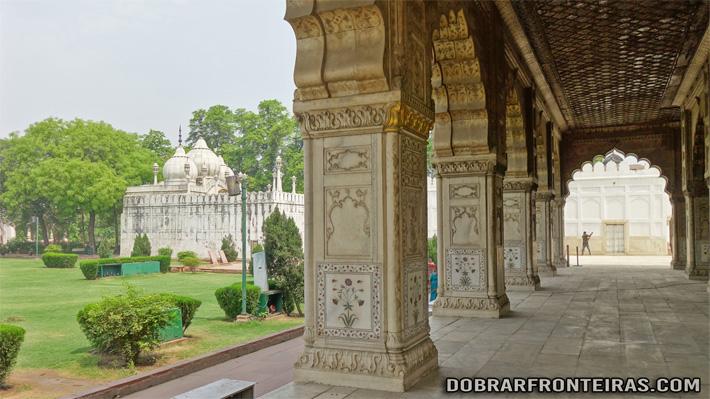 Detalhes dos mármores decorados dos palácios