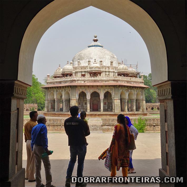 Mausoléu de Isa Khan em Deli, Índia