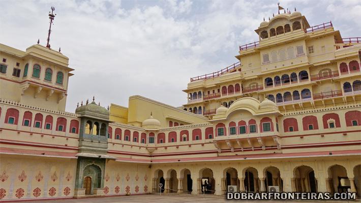 Interior do Palácio da Cidade de Jaipur, Índia