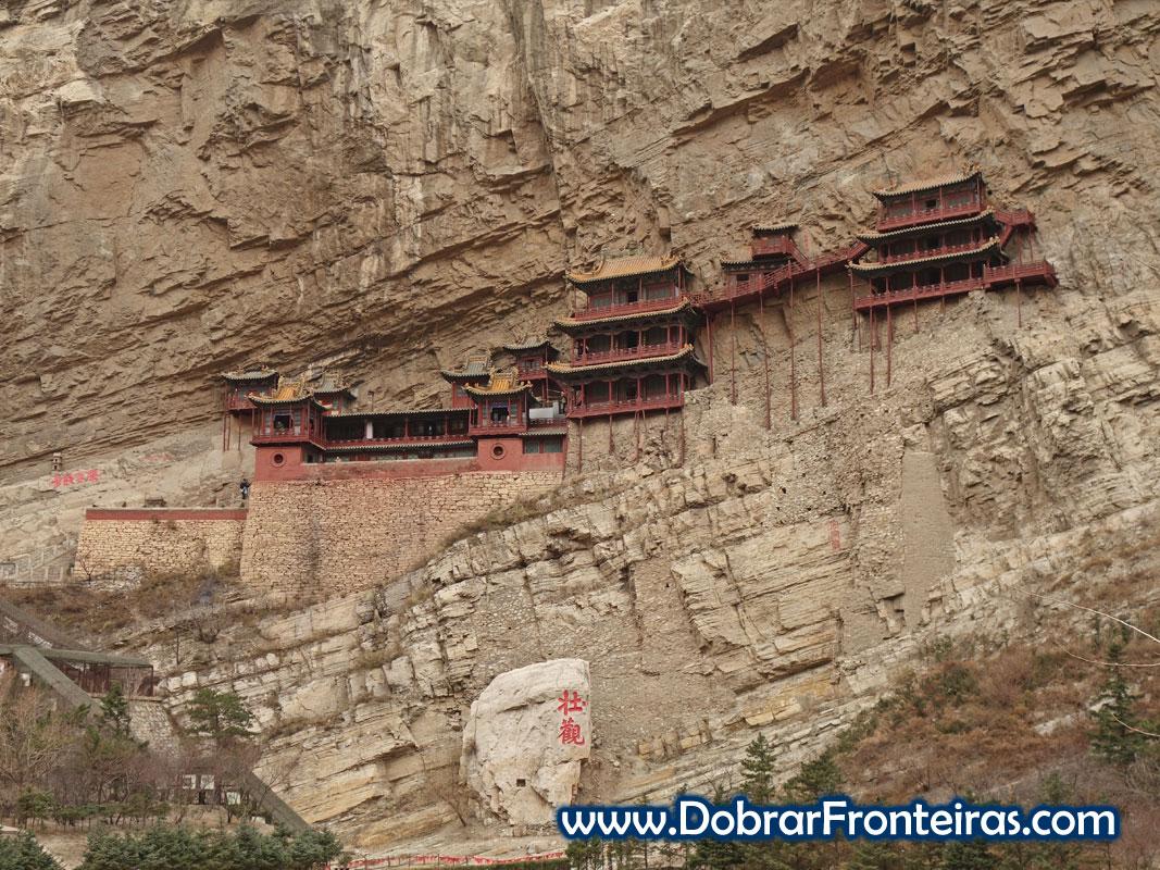 Mosteiro suspenso Datong China