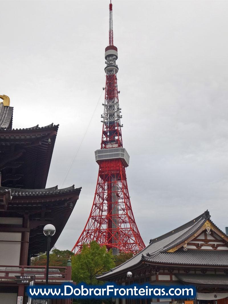 Torre de Tóquio e o templo Zōjō-ji