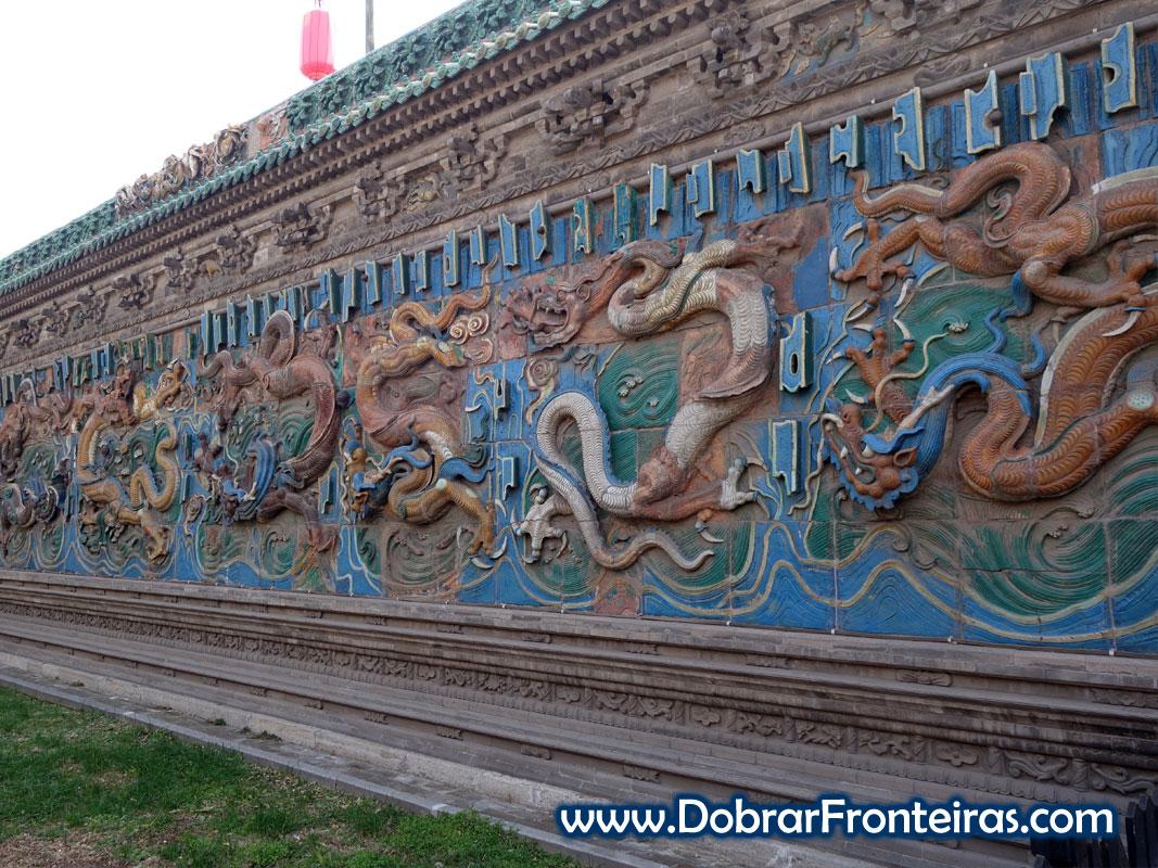 Painel dos 9 dragões em Pingyao