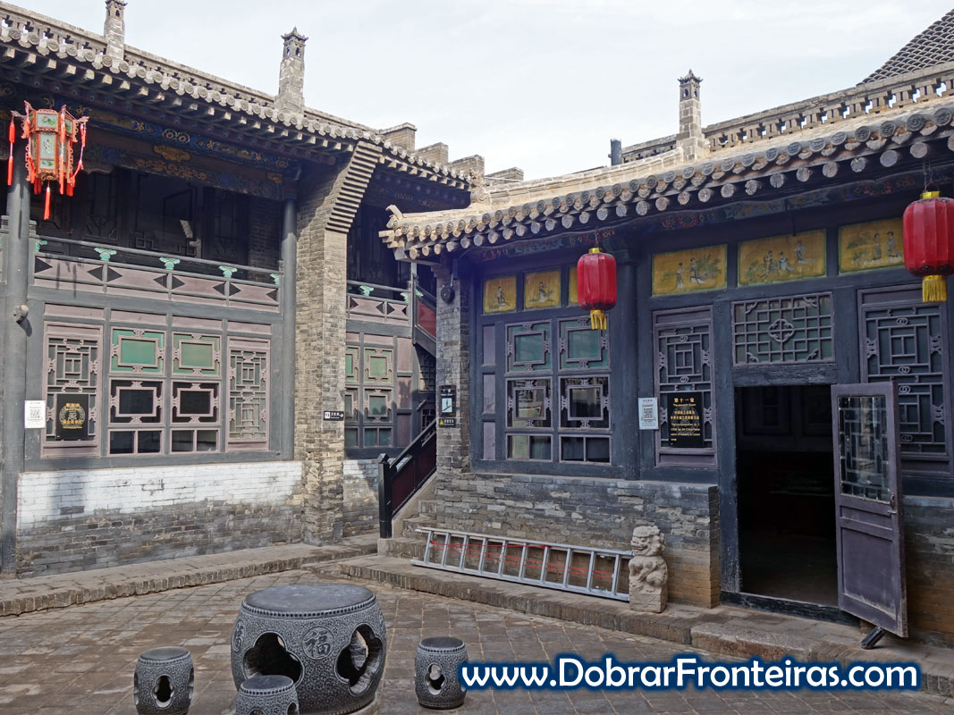 Recanto do museu da câmara do comércio chinesa. Construção tradicional chinesa