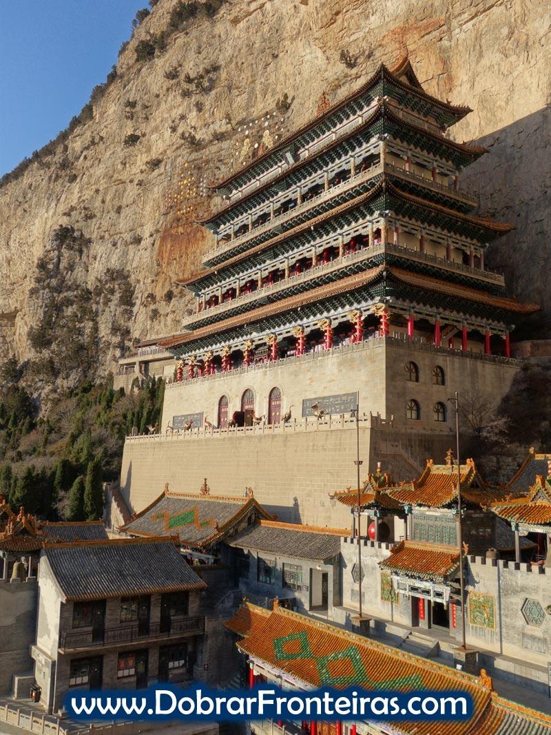 Templo taoísta de Daluo em Mianshan China
