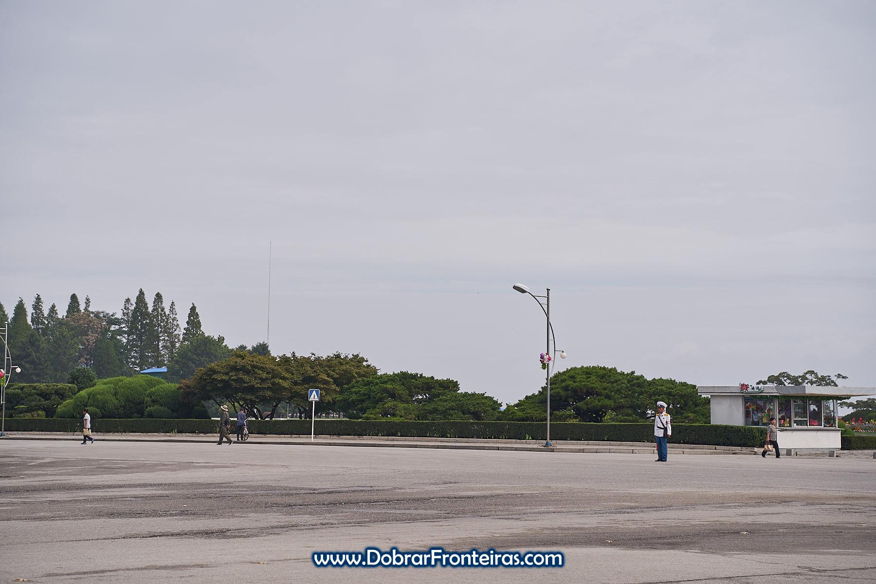 Policia sinaleiro na Coreia do Norte