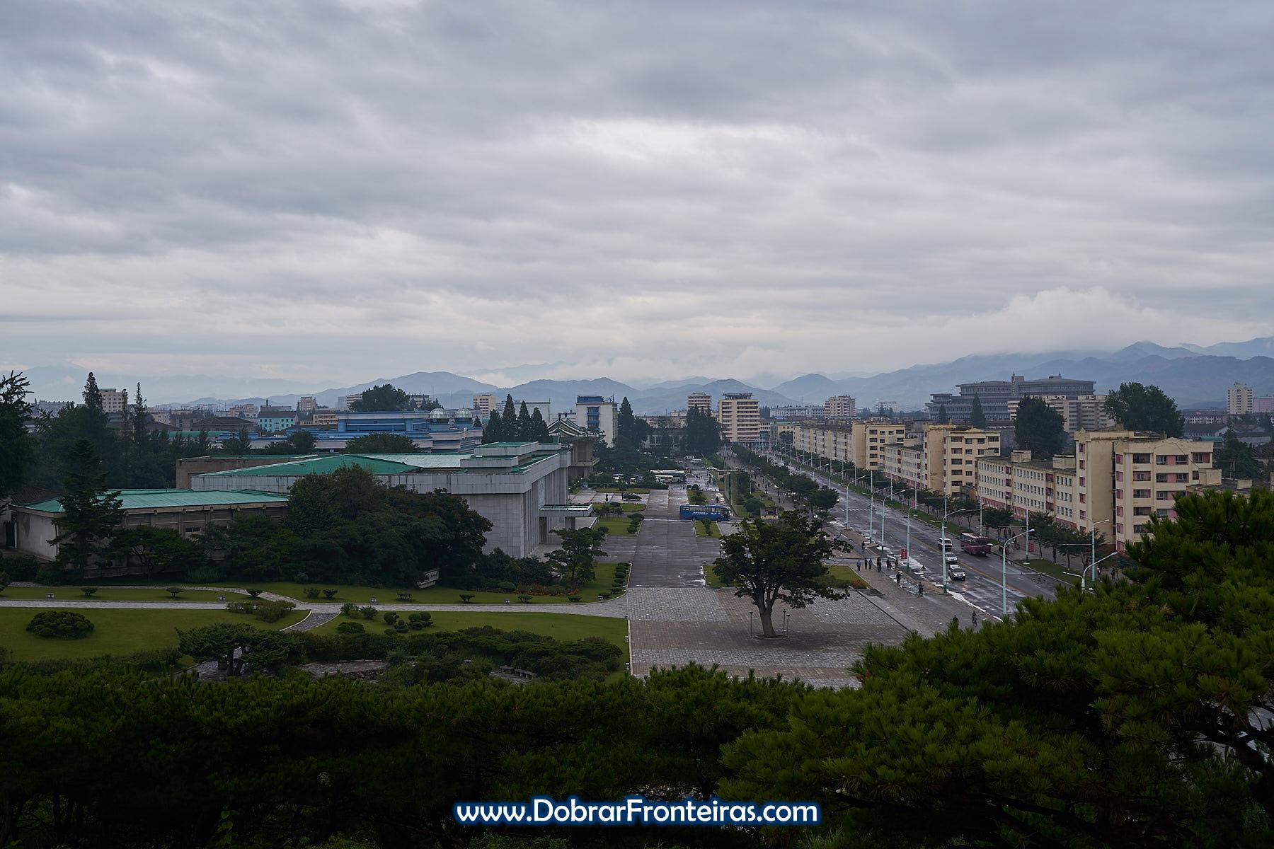 A cidade de Hamhung vista do miradouro
