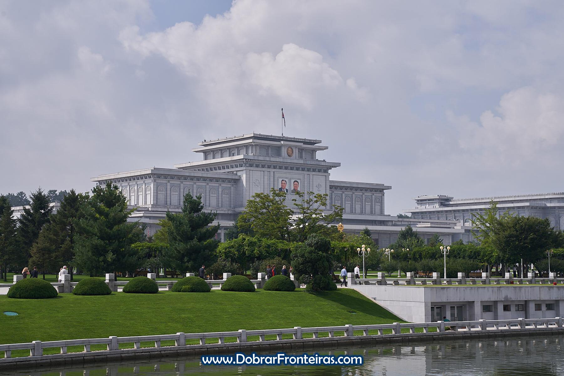 Kumsusan, o Palácio do Sol