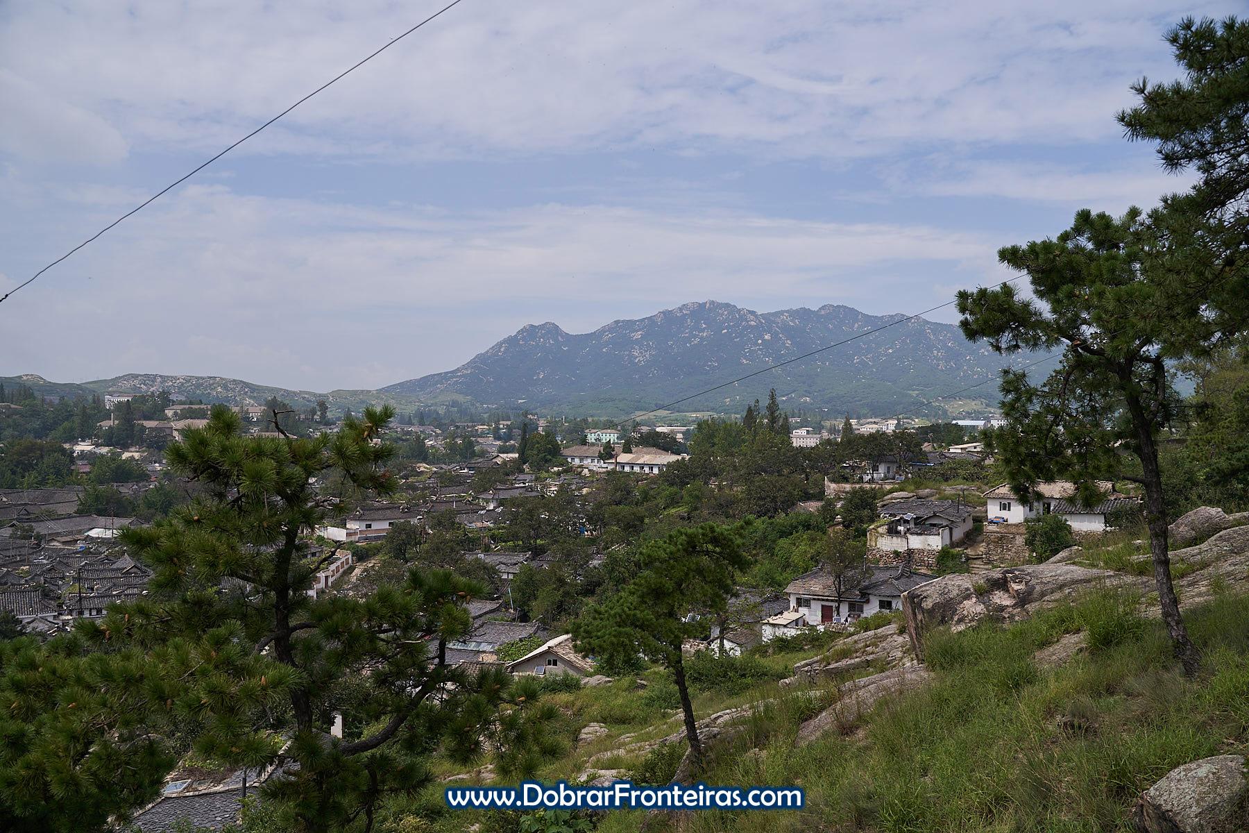 vista panorâmica Kaesong e montanha