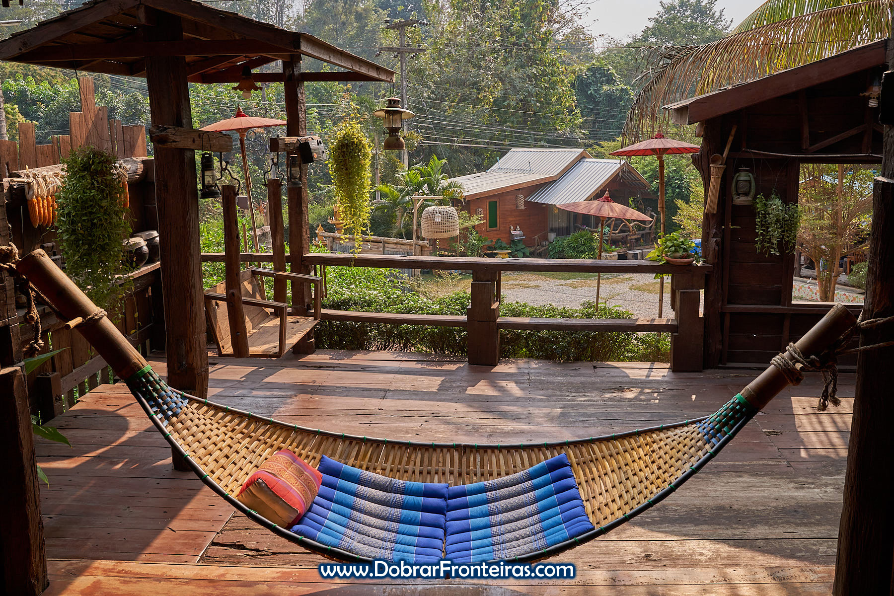 Cama de rede em bambu