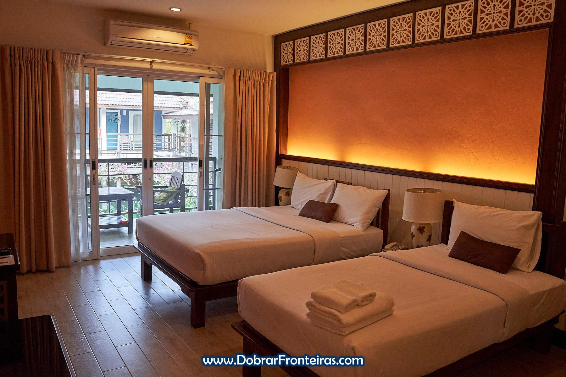 quarto de hotel Le Charme Sukhothai