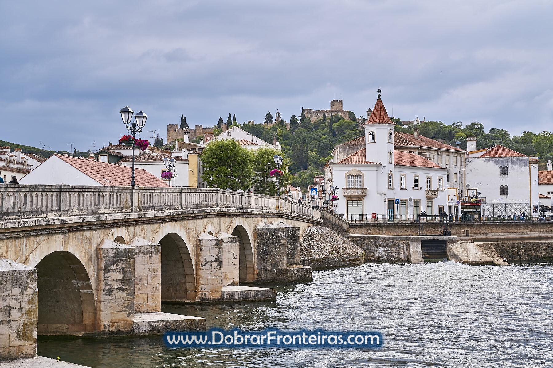 Ponte sobre o rio Nabão em Tomar