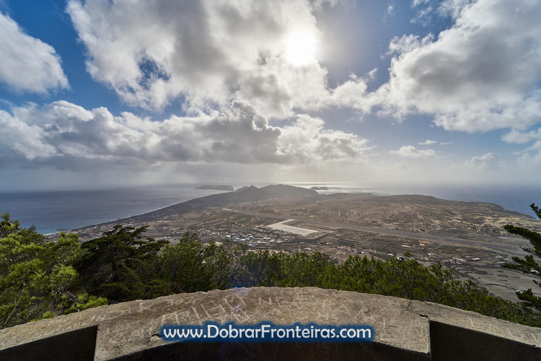 Panorâmica da ilha do Porto Santo vista do Pico Castelo